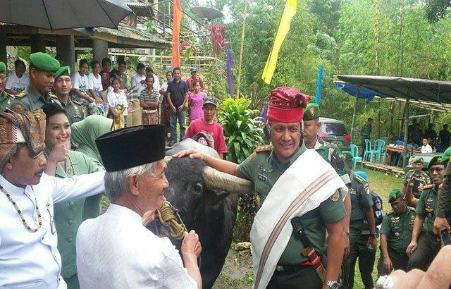 Pangdam VII Dianugerahi Gelar Londongkilakna Sulawesi