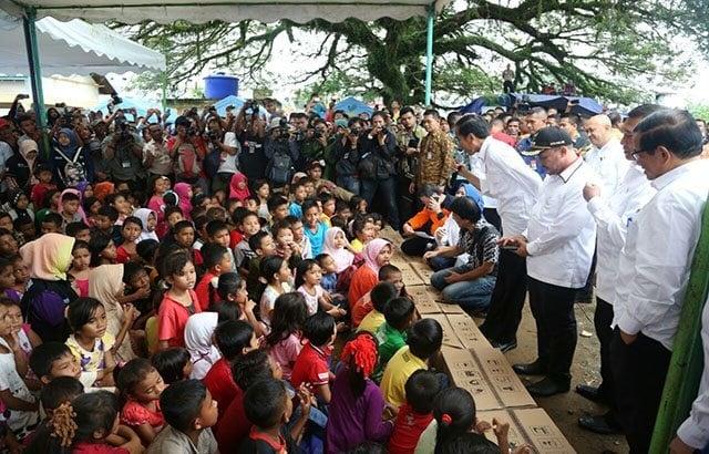 Anak-Anak Korban Gempa di Aceh Dikunjungi Presiden RI