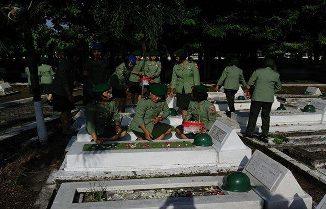 Peringati HUTnya ke-55, Kowad Kodam V/Brawijaya Gelar Ziarah ke TMP 10 Nopember Surabaya