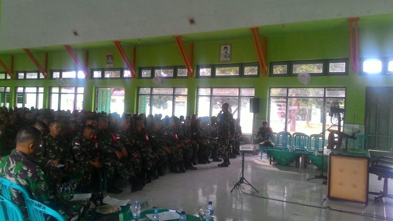 Prajurit Kostrad Tingkatkan Kemampuan Komunikasi Sebelum Tugas Operasi