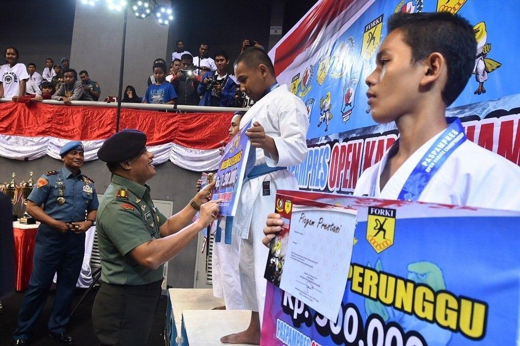 Panglima TNI : Paspampres Karate Championship Sebagai Pembinaan Atlet Berprestasi