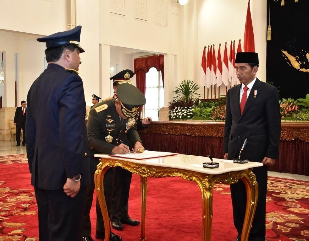 Panglima TNI Saksi Pelantikan Marsekal TNI Hadi Tjahjanto Sebagai Kasau