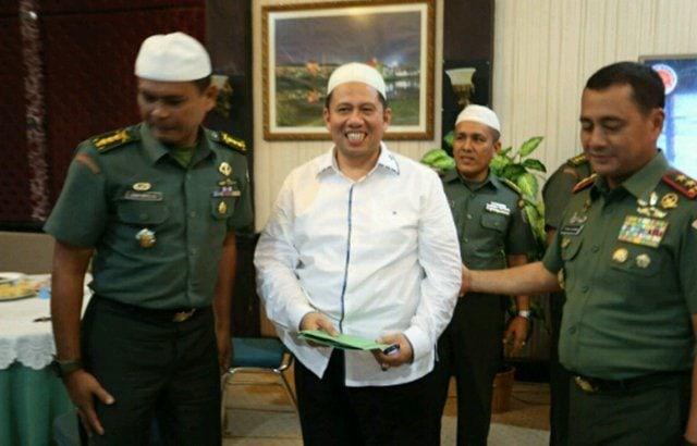 Pangdam IM Silahturahmi Dengan Ustad Dr. H. Amhar Nasution