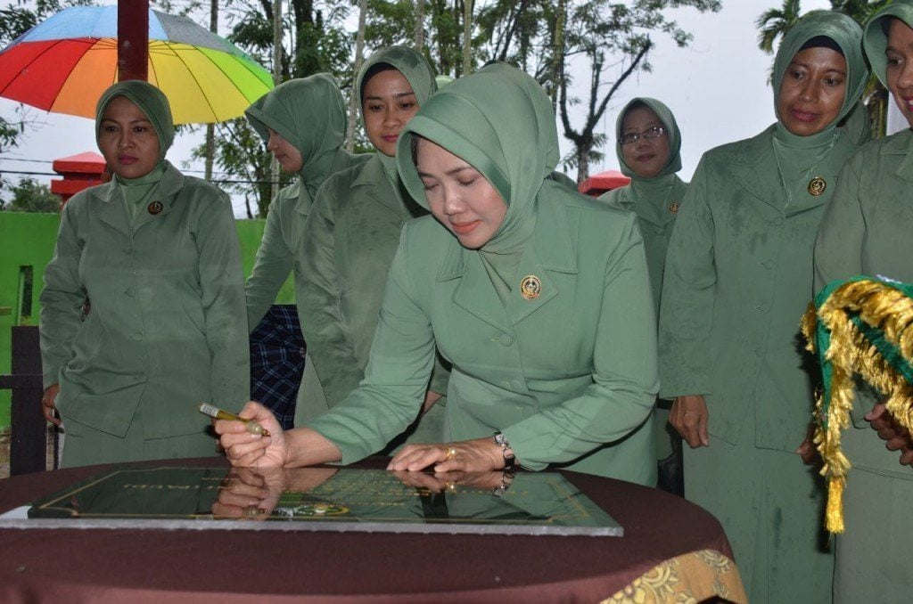 Ketua Persit KCK PD IM Resmikan Paud Cempaka