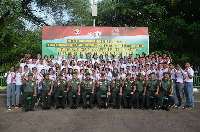 Sehari Bersama TNI Tumbuhkan Semangat Kebangsaan Generasi Muda