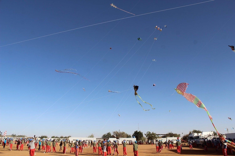 Pasukan Garuda Gelar Festival Layang-Layang Pertama di Benua Afrika