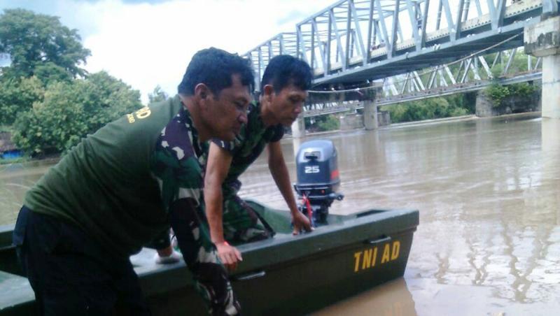 Antisipasi Banjir, TNI Siagakan Alkap Yang Siap Digerakkan