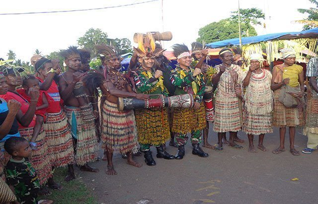 Wujud Ungkapan Terimakasih, Warga Kampung Sota Gelar Syukuran Purna Tugas Satgas Pamtas RI-PNG