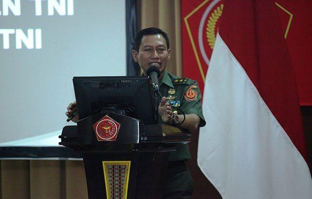Kapuspen TNI : Berita Rapim TNI Dilaksanakan di Istana Tidak Benar