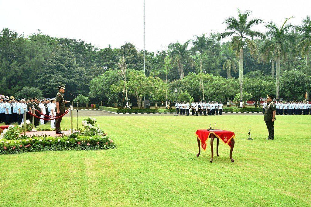 Panglima TNI Terima Laporan Korps Kenaikan Pangkat Letjen TNI Teddy Lhaksmana