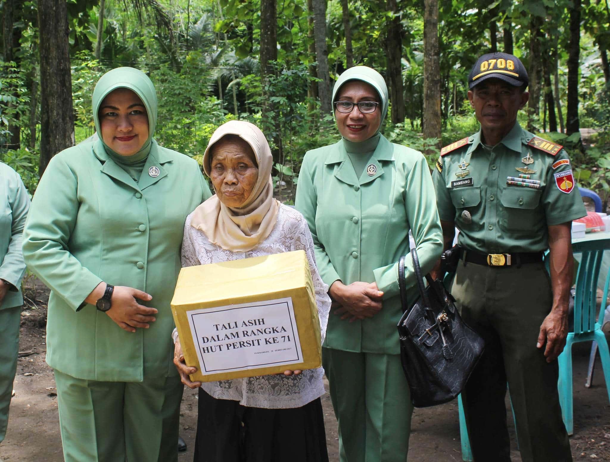 Sambut HUT Persit ke 71, Persit Kodim Purworejo Peduli Dengan Sesama