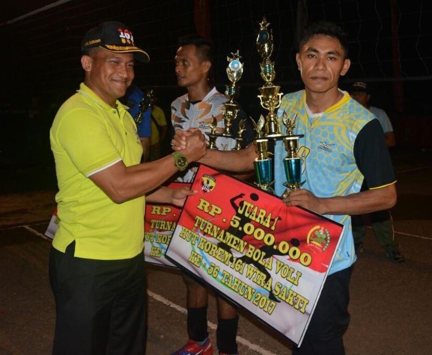 Tim Voli Teratai Boyong Piala Danrem 161/WS
