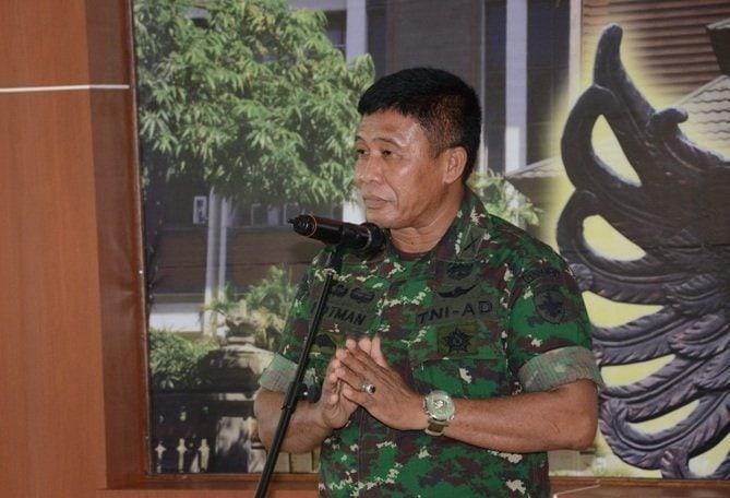 Warga Banyuwangi Jawa Timur Dapat Mendaftar TNI AD Di Kodam IX/Udayana
