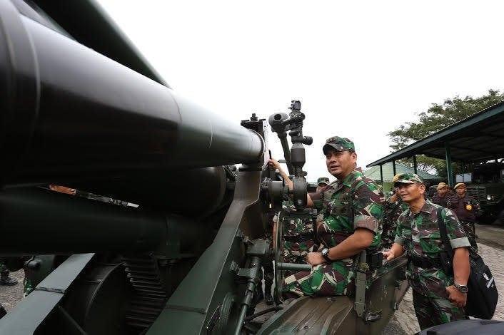 Kunjungi Markas Yon Armed 17, Pangdam IM Cek Kesiapan Menembak Meriam 155 MM