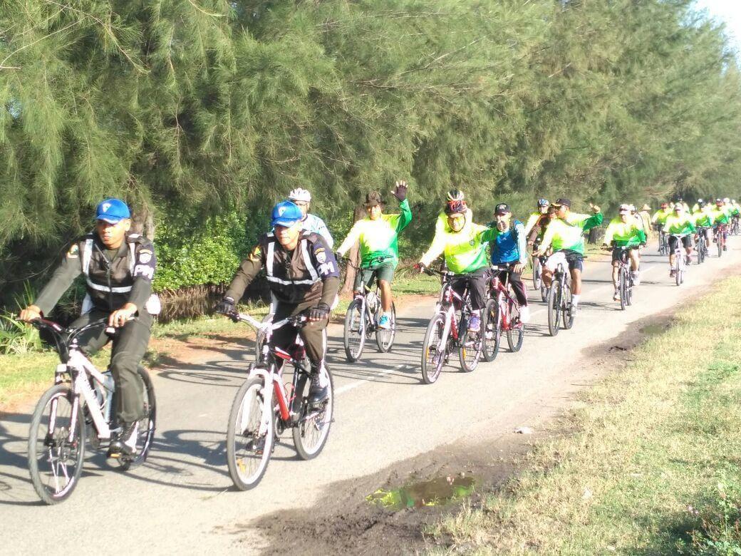 Menjaga Kekompakan Perwira Dengan Gowes Keliling Aceh