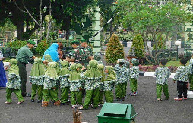 TK Alam Jari Mungil, Kunjungi Makorem 163/Wira Satya