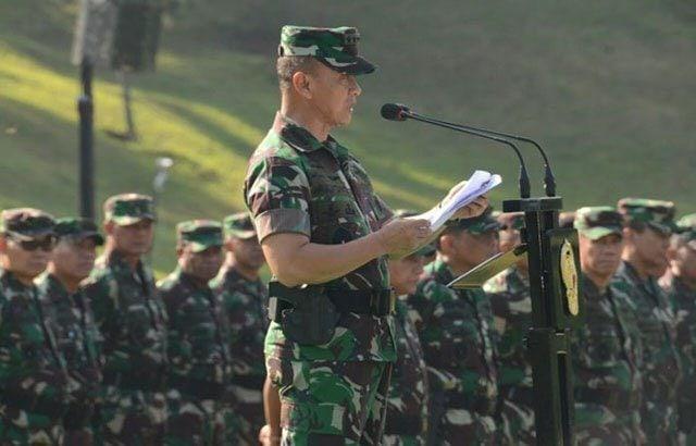 Kasad membuka Apel Dansat Terpusat dan Rabiniscab TNI AD TA 2017
