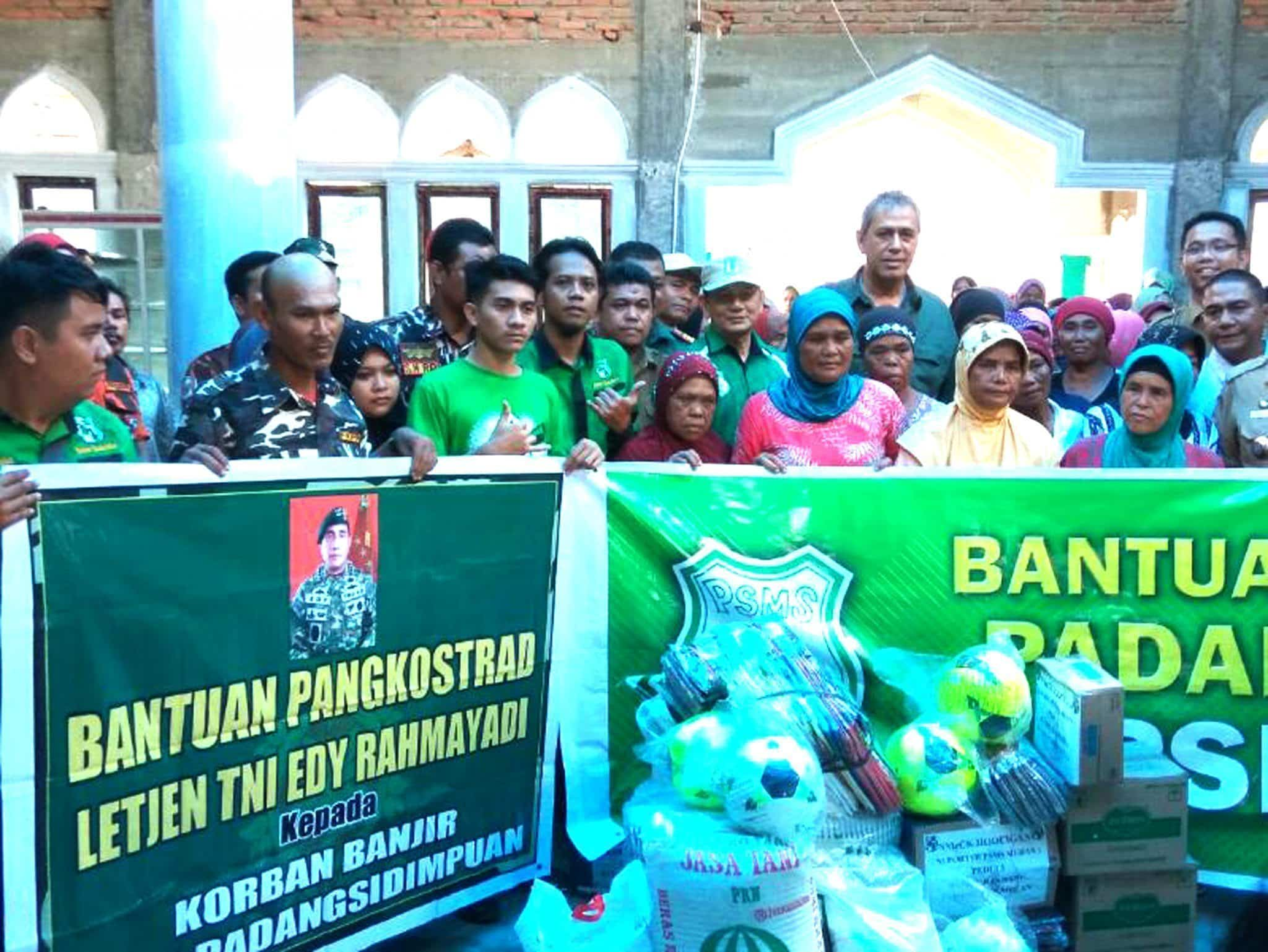 Ketua Pembinan PSMS Medan Letjen TNI Edy Rahmayadi Peduli Korban Banjir Padangsidempuan