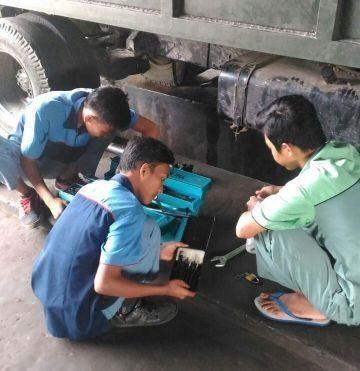 Bekali Otomotif Disertai Kedisiplinan Untuk Ikut Aktif Cerdaskan Anak Bangsa