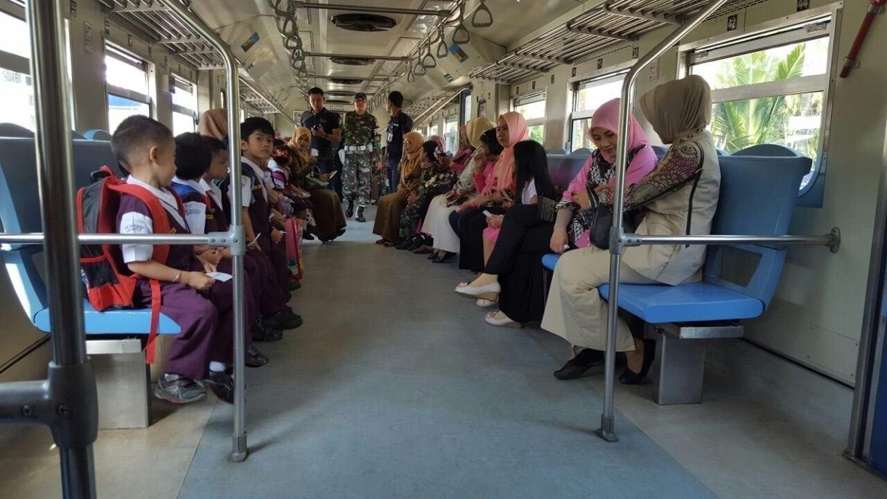 Cerdaskan Anak Bangsa Dengan Wisata Edukasi ke Stasiun KA Krueng Mane