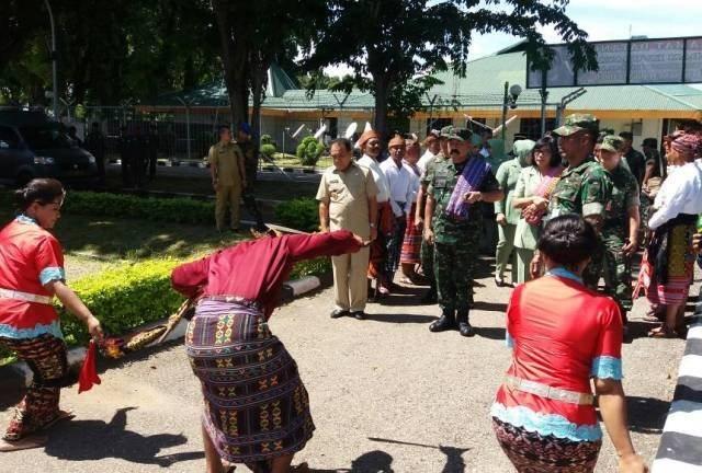 Kunjungan Perdana Pangdam IX/Udayana Melihat Pulau Terluar di NTT