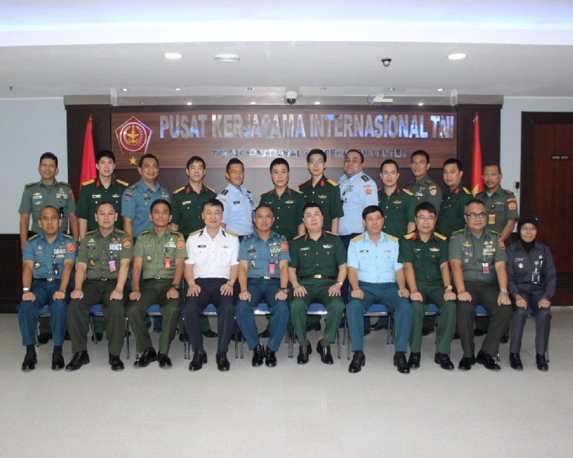 TNI dan Vietnam People's Army Tingkatkan Kerja Sama Militer