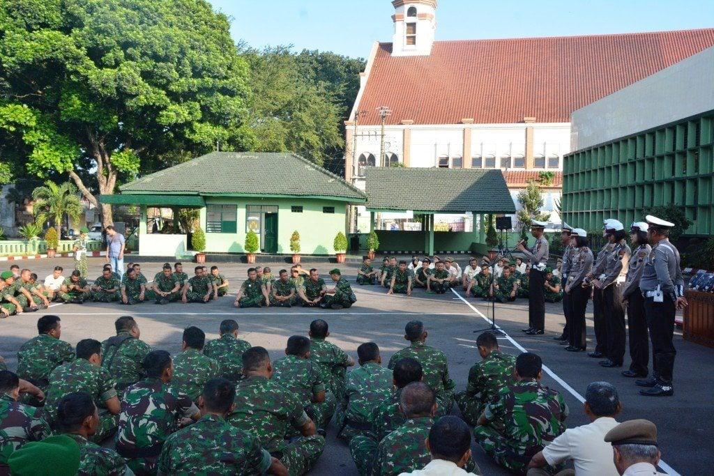 Prajurit TNI AD Harus Menjadi Pelopor Tertib Berlalu Lintas
