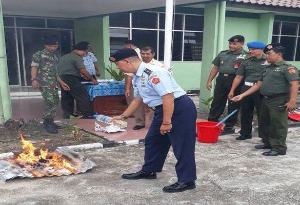 Oditur Militer Balikpapan Musnahkan 22,5 Gram Sabu-Sabu