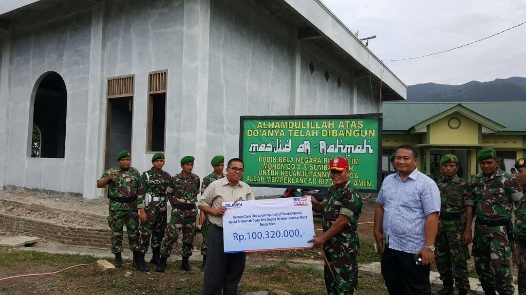 Masjid Dodik Bela Negara Terima Bantuan Bank BRI Banda Aceh