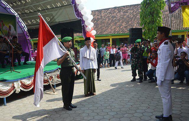Kirab 1000 Bendera Kodim Demak Bersama Elemen Masyarakat Menangkal Radikalisme
