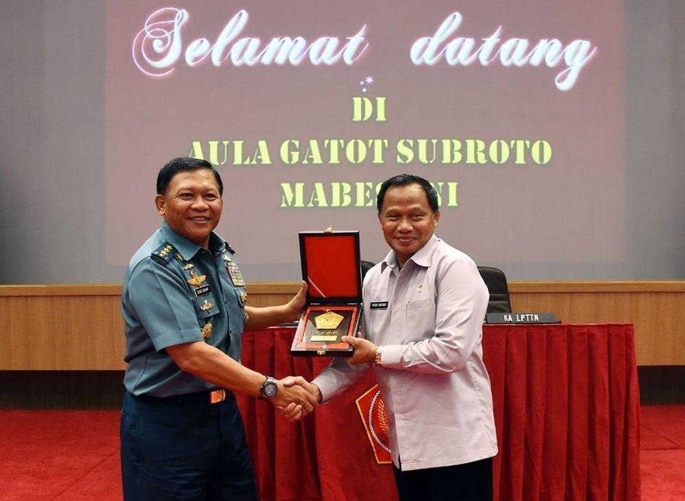 Siswa SMA TAruna Nusantara Harus Miliki Integritas dan Jiwa Patriotisme