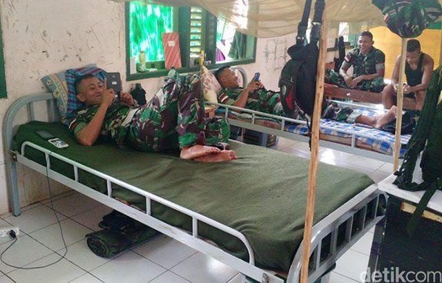 Fatin Halimar di Barak Para Serdadu yang Merindu