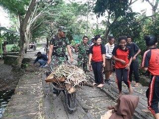 TNI AD Ajak Siswa Untuk Peduli Dengan Lingkungannya