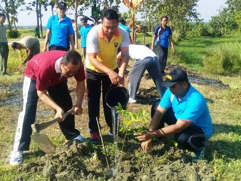 TNI Mengajak Masyarakat Untuk Lestarikan Alam