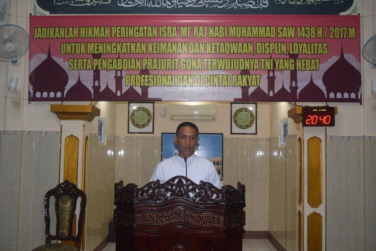 """Peringatan Isra Mi'raj di Yonarhanud 1 Angkat Tema """"Sholat Tingkatkan Imtaq"""""""
