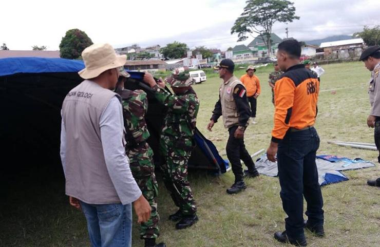Sinergitas TNI-POLRI dan BPBA dalam Simulasi Penanggulangan Bencana Alam