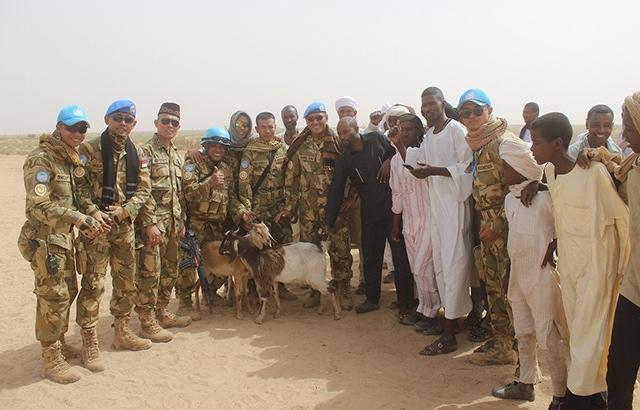 Prajurit Garuda Laksanakan Bakti Sosial Untuk Masyarakat Sudan