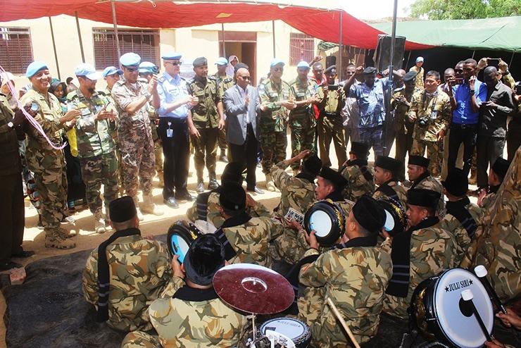 Pasukan Garuda Indobatt-03 Kunjungi Penjara Wanita di Ardamata