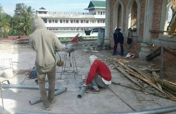 Panglima TNI Beri Bantuan Pembuatan Kubah Masjid