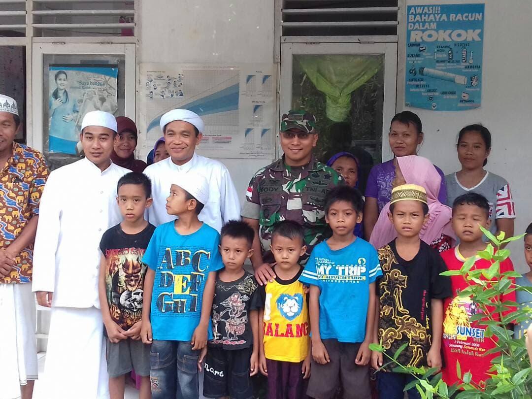 Layani Masyarakat Poso, TNI Gelar Khitanan Door to Door Gratis