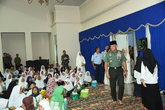 Panglima TNI: TNI Bersama Rakyat Menjaga dan Merawat Kemerdekaan