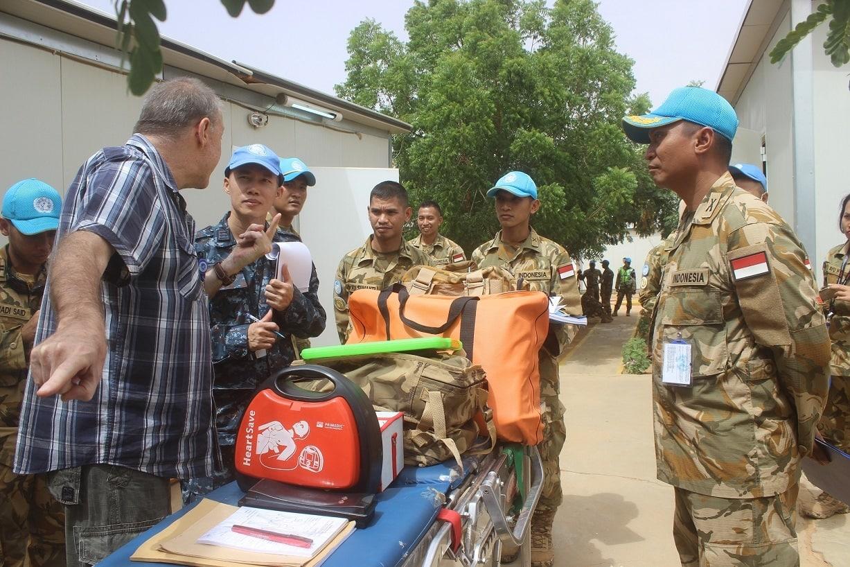 Tim COE UNAMID Inspeksi Perlengkapan Kontingen Pasukan Garuda di Sudan