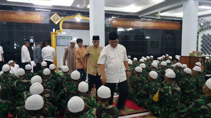 Safari Ramadhan, Pangdam IM Kunjungi Masjid Mata Ie Rindam