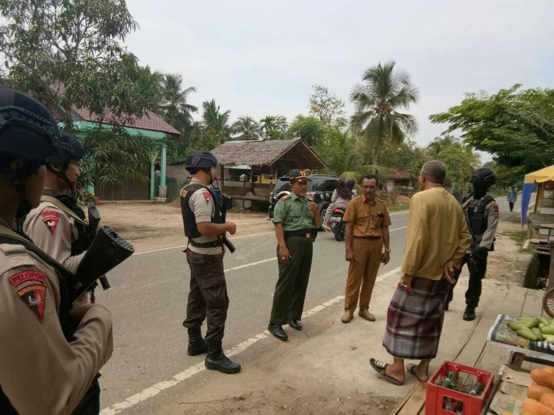 Sinergitas TNI – Polri, Koramil dan Polsek Baktiya Patroli Bersama