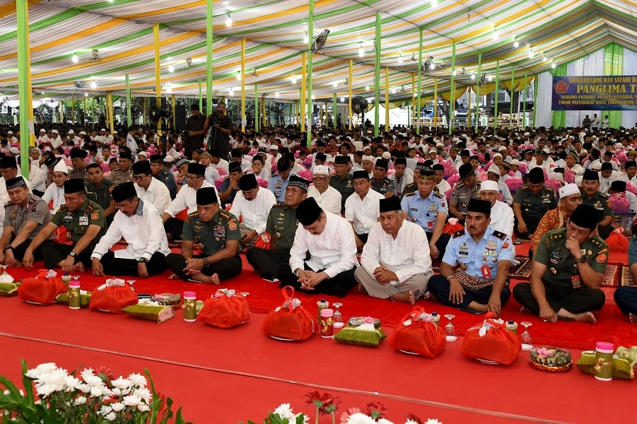 Panglima Tni Ulama Indonesia Sebagai Pemersatu Bangsa Tni Angkatan Darat