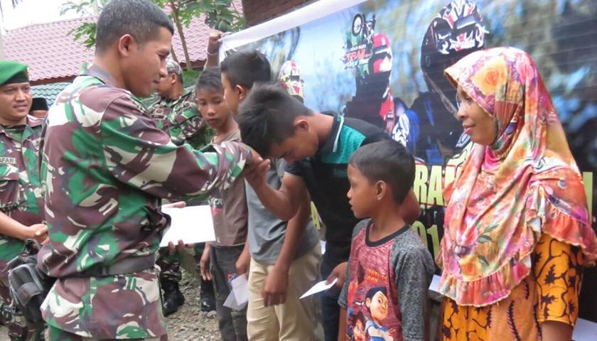 TNI Peduli Sesama, Kodim Bersama Tim IMTA Berikan Santunan