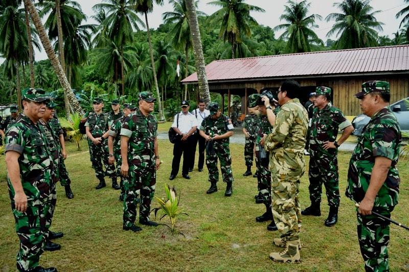 Panglima TNI Tinjau Latihan Satgultor TNI di Anambas