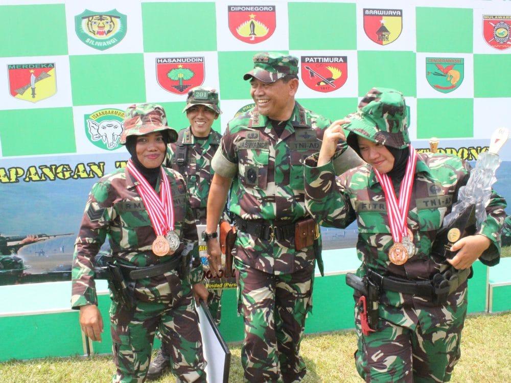 Kodam Jaya/Jayakarta Raih Juara III Lomba Tembak Piala Kasad Cup 2017