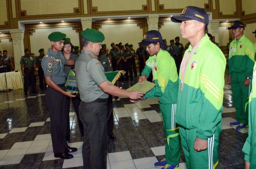 Sabet Emas Yong Moodo, Atlet Kodam V/Brawijaya Disambut Pangdam