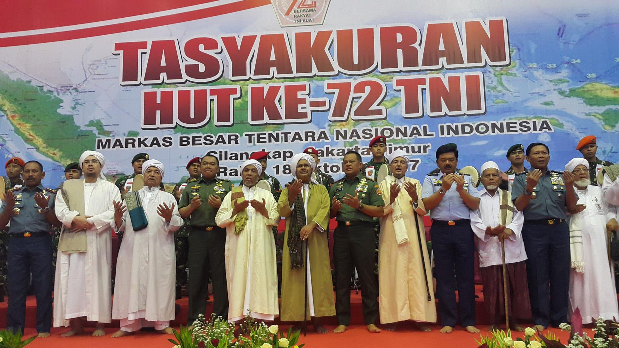 1.923 Prajurit dan ASN TNI Ikuti Tasyakuran Lintas Agama